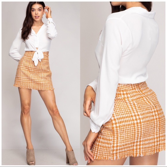 boutique Dresses & Skirts - MINI PLAID PENCIL BOUCLE SKIRT